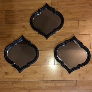 Set of three decorative mirrors
